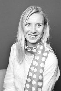 Virginie Robin, psychologue, hypnothérapeute, praticienne en TTMO, coach en image